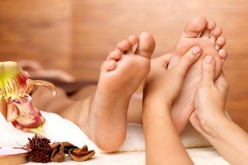 Masaż stóp – Zdrowe i lekkie stopy